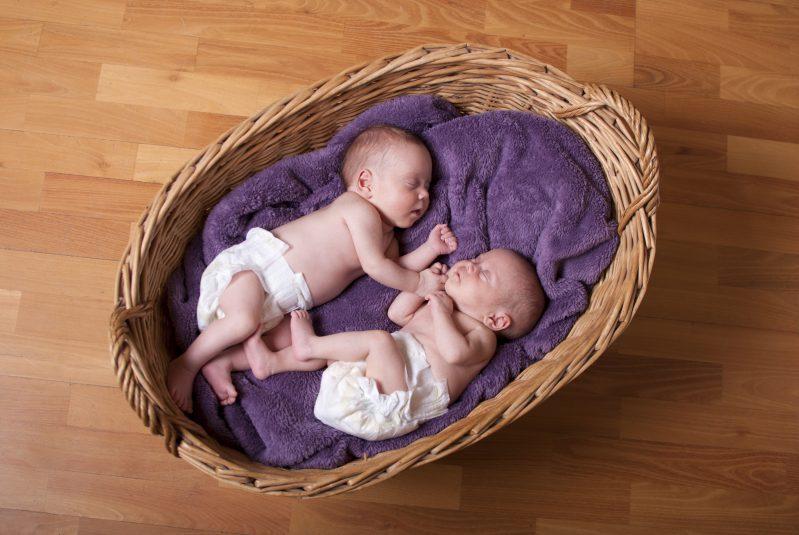 Filhos Gêmeos Bebês